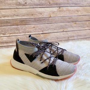 Adidas Quesa Running Sneakers